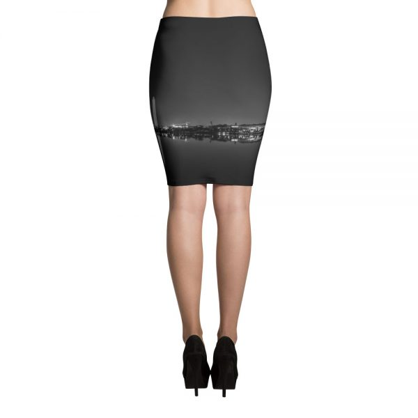 Washington, DC skyline at night in black and white - Photo by Carla Durham - Carla in the City - pencil skirt back